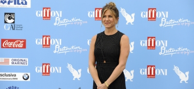 "Jennifer Aniston to the GFF jurors: ""Love every part of who you are"""